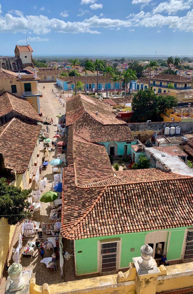 Vista di Trinidad dalla Torre campanaria di San Francesc D'Assis